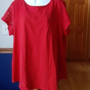 Red short sleeved tee with lace yoke, size 2X